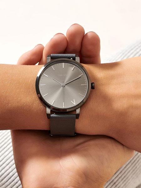 THE FIFTH国际品牌品牌2019秋冬新款手表onyx