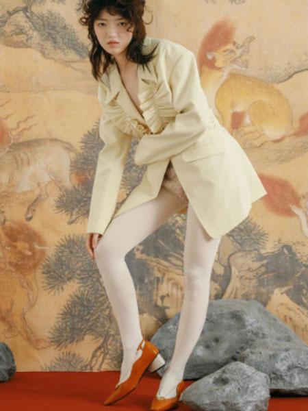 I SUDDENLY SNEEZED国际品牌2020春夏新款纯色外套大衣