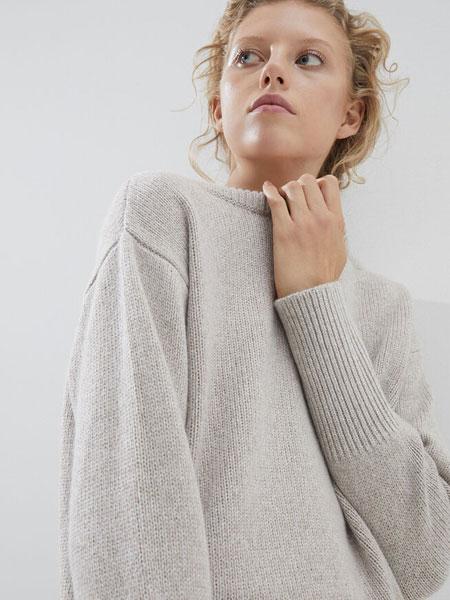 Brunello Cucinelli布鲁奈罗・库奇内利国际品牌品牌2019秋冬薄款毛衣