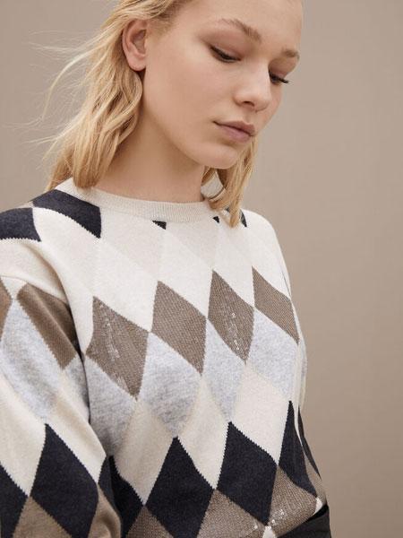 Brunello Cucinelli布鲁奈罗・库奇内利国际品牌品牌2019秋冬耀眼装饰毛衣