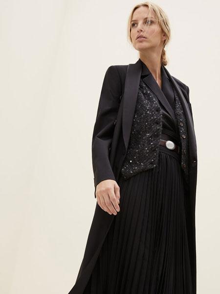 Brunello Cucinelli布鲁奈罗·库奇内利国际品牌品牌2019秋冬羊毛外套大衣