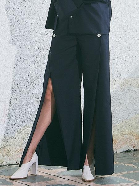 A.BELL国际品牌2020春夏新款开叉阔脚裤
