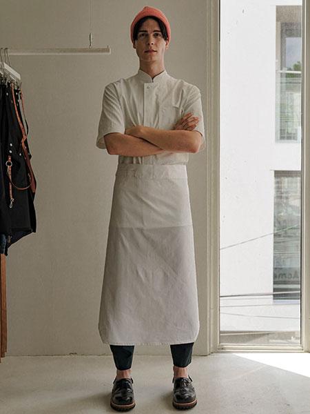A.MONT国际品牌品牌2019秋冬新款纯色短厨师围裙