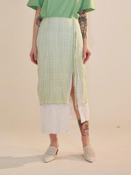 AEER国际品牌品牌2020春夏经典格纹分层拼色绑带装饰长款直筒裙