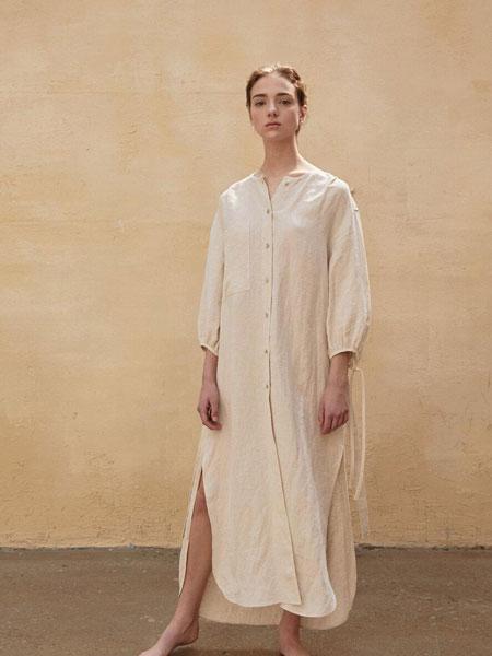 AEER国际品牌品牌2020春夏宽松袖口绑带腰带装饰长款衬衫连衣裙_