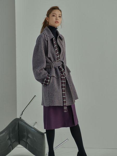 AHEIT国际品牌品牌2019秋冬新款格子长款大衣