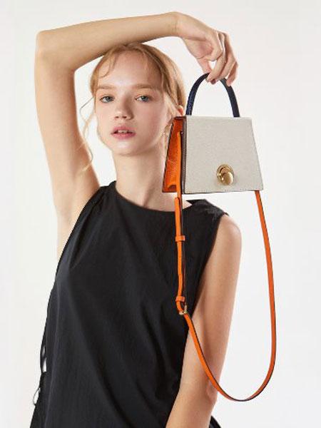 ANODDS国际品牌品牌2019秋冬新款方块手提包