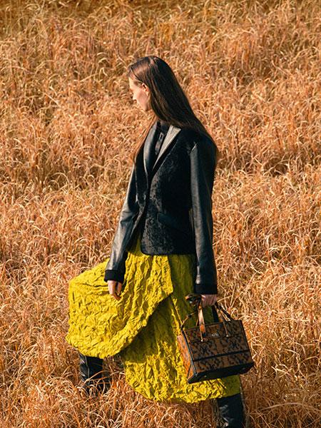 Jun Ashida国际品牌2019秋冬新款真皮长袖外套