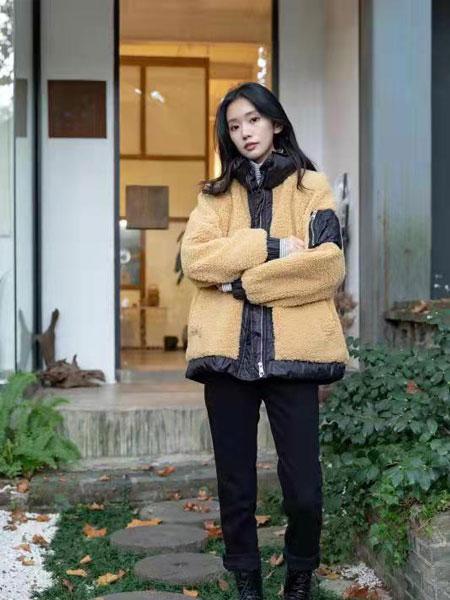 独外女装品牌2019秋冬新款毛呢补丁外套