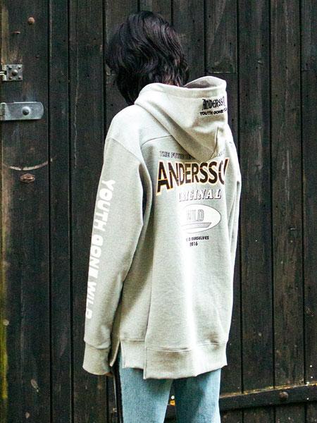 Andersson Bell国际品牌品牌2019秋冬男女同款不对称设计潮流卫衣