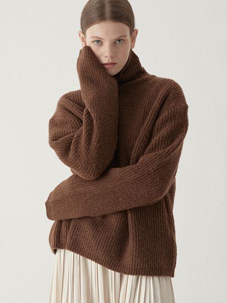 BEMUSEMANSION国际品牌2019秋冬羊驼高领毛衣-棕色