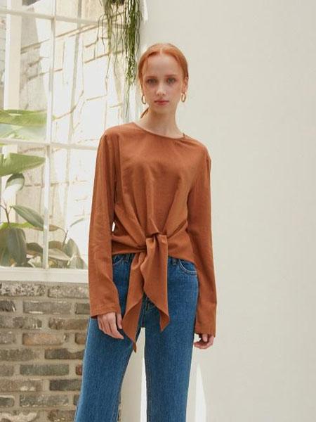 ATRE国际品牌2020春夏优雅飘带绑结装饰女士圆领长袖衬衫