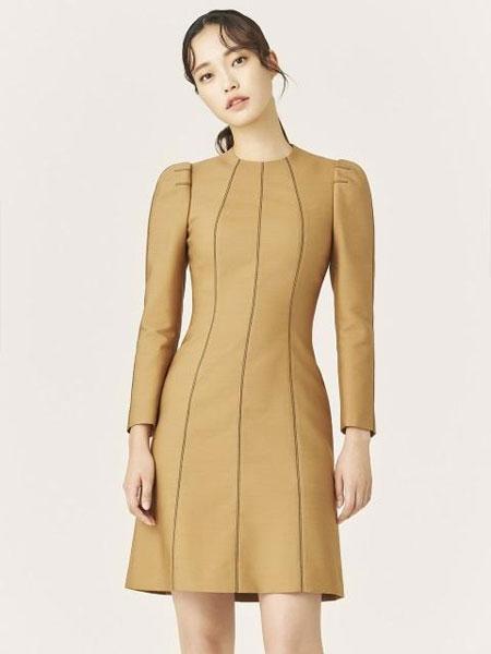 AVOUAVOU国际品牌2019秋冬修身收腰车缝线线条设计长袖短款连衣裙_棕色