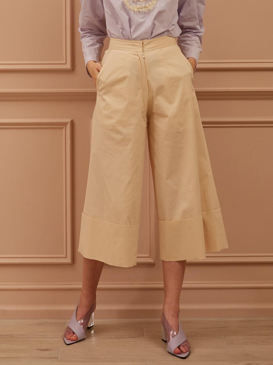 CAHIERS国际品牌品牌2020春夏经典修身中低腰缝褶细节真丝女士九分裤_淡紫色