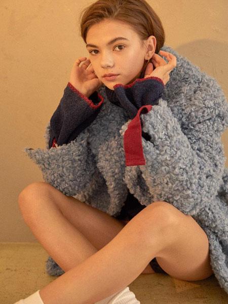 CLUE DE CLARE国际品牌品牌2020春夏经典不对称搭扣带装饰女士高领毛衣_藏青色