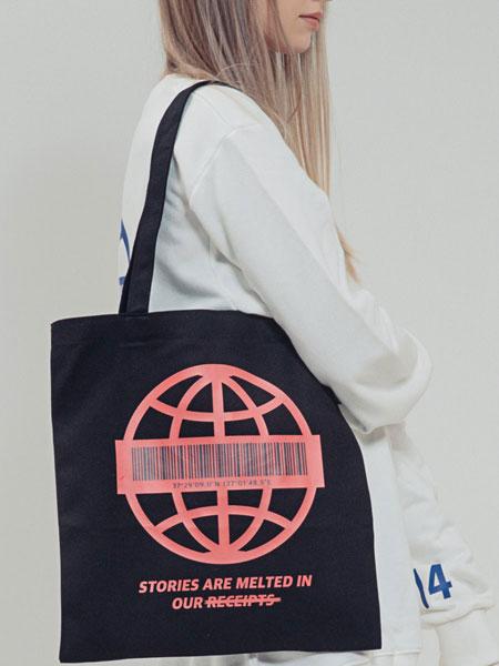 BONIEE国际品牌品牌2020春夏新款图案挎包