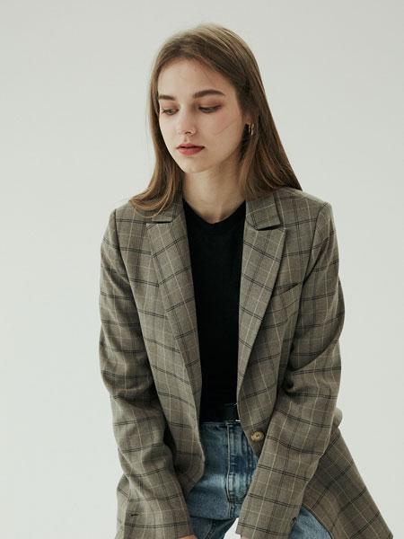 BLUV国际品牌2019秋冬新款格子西装外套