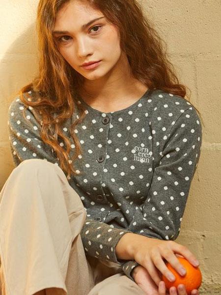 CORNERCOLUMN国际品牌品牌2020春夏圆领系扣字母刺绣波点女士开襟衫_灰色