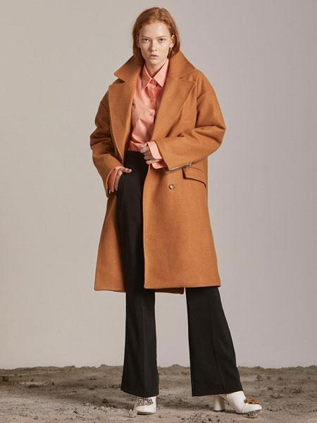 CORNERCOLUMN国际品牌品牌2020春夏经典双排扣后拉链装饰女士毛呢大衣_驼色
