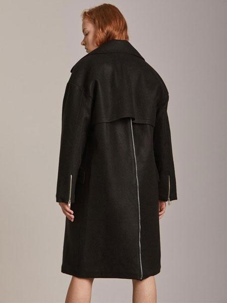 CORNERCOLUMN国际品牌品牌2020春夏经典双排扣后拉链装饰女士毛呢大衣_黑色