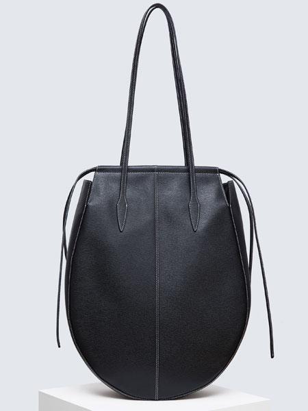 CHAMELEES国际品牌品牌2020春夏新款纯色挎包