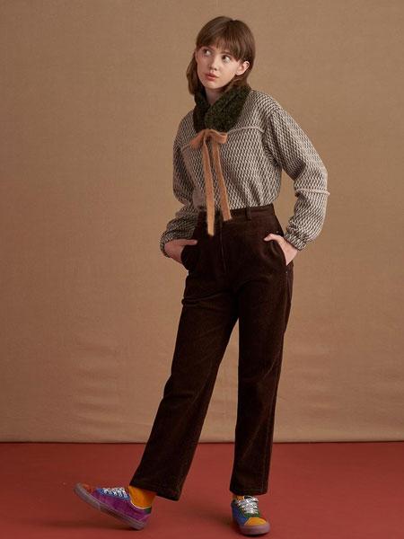 DEARPEER国际品牌品牌2019秋冬宽松直筒后松紧腰刺绣点缀灯芯绒女士长裤_棕色