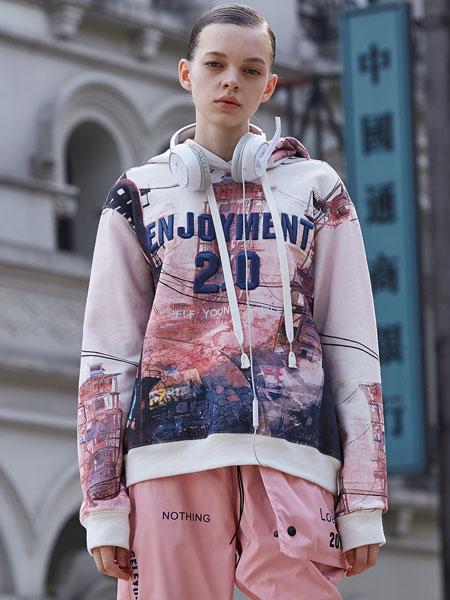 SY+女装品牌2019秋冬新款印花卫衣