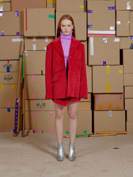 EYEYE国际品牌2019秋冬经典EYEYE别针装饰女士灯芯绒西装夹克_红色