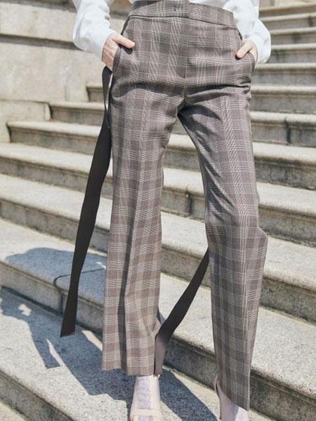HAEKIM国际品牌品牌2020春夏经典格纹宽织带飘带装饰女士直筒西裤_棕色