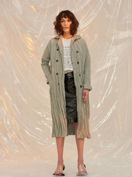 FRONTROW国际品牌品牌2020春夏新款纽扣大衣