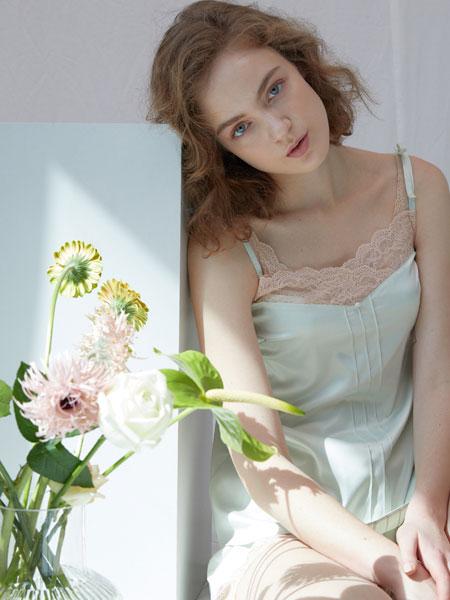 GIANNA国际品牌品牌2020春夏新款薄荷绿吊带裙