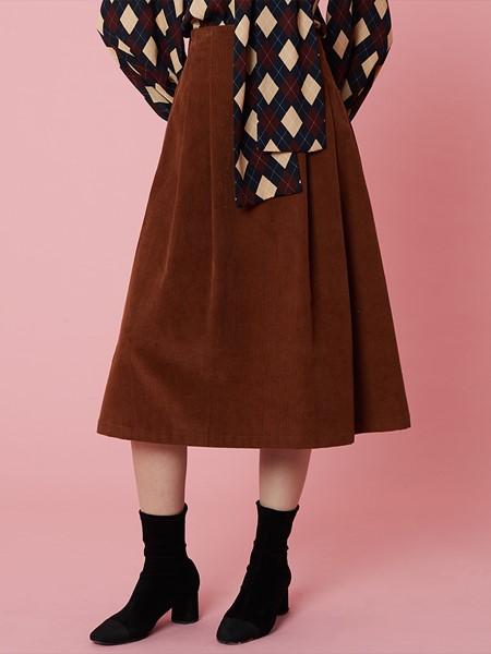 HOLLY LOVES LOVE国际品牌品牌复古红半身裙