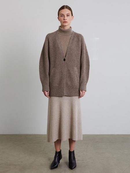 JENNY PARK国际品牌品牌温柔风开衫外套