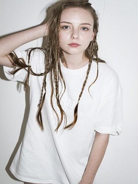 JUSTO国际品牌品牌烫印字母短袖T恤_白色