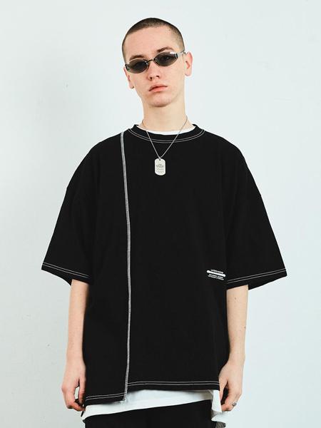LAYER UNION国际品牌品牌2020春夏宽松不对称剪切拼色走线男士短袖T恤_黑色