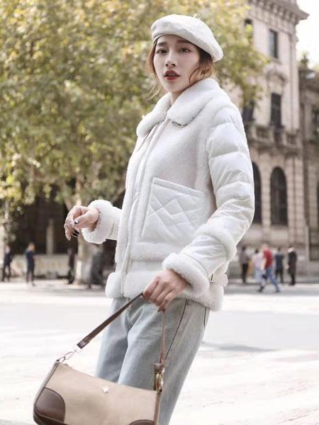 VETERLILY碧成萱女装品牌2019秋冬新款毛呢翻领外套