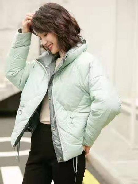 VETERLILY碧成萱女装品牌2019秋冬新款纯色羽绒服