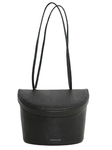 LATELEE STUDIO国际品牌品牌2020春夏新款纯色水桶包