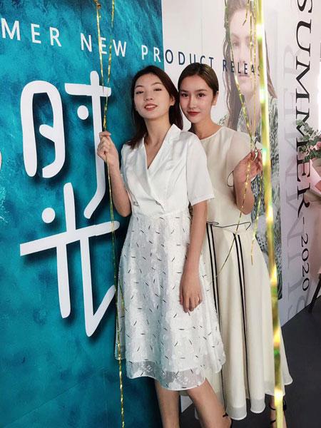 南耳女装品牌2020春夏新款蕾丝白色连衣裙