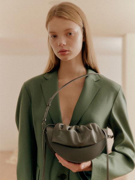 HYETHE国际品牌品牌2020春夏新款个性小挎包