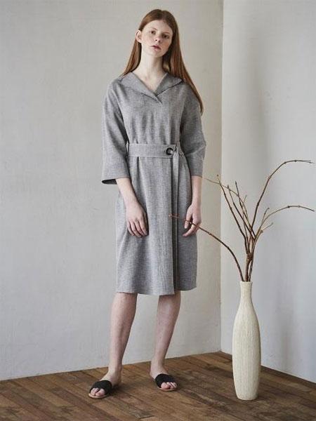 MAISON DE INES国际品牌品牌2020春夏优雅宽松腰带口袋装饰7分袖连衣裙_灰色