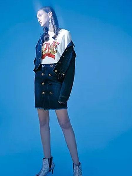 卡尼�W女�b品牌2020春季新款�~扣牛仔裙套�b