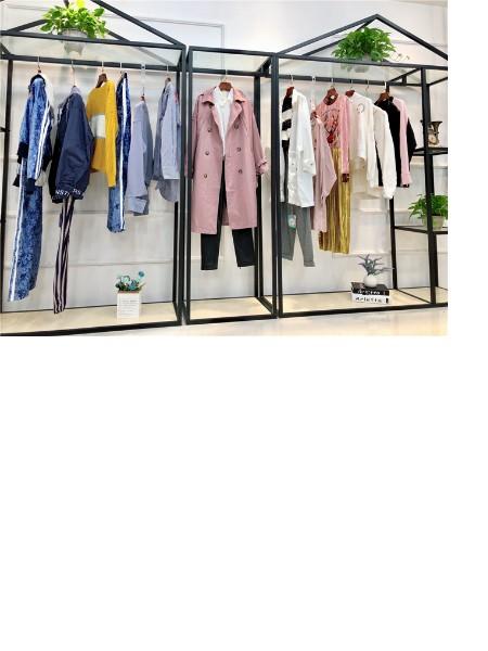 Z11&S29品牌店铺展示店铺形象
