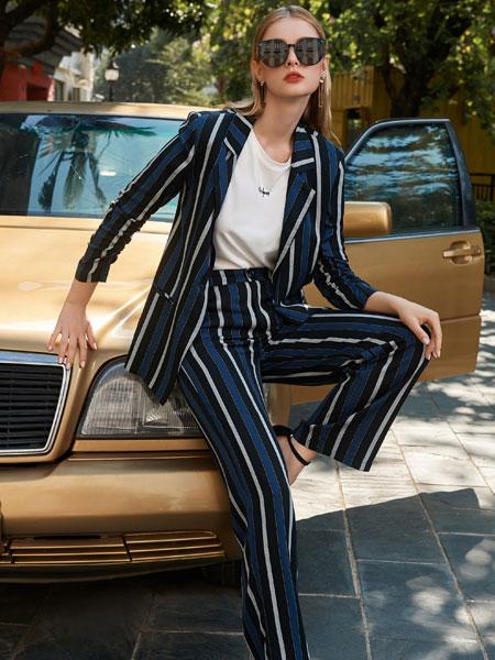 例格女装品牌2020春夏新款条纹西装套装