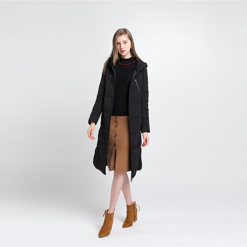 龙达飞LODFEY女装品牌2019秋冬新款纯色羽绒大衣