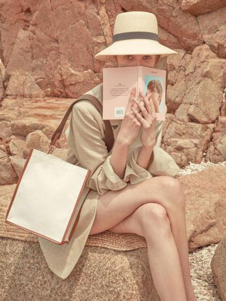 MARGESHERWOOD���H品牌品牌2020春夏方形真皮包�女士帆布�物包_黑色/棕色/藏青色
