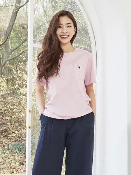 MARYMOND国际品牌2019秋冬宽松圆领纯色男女同款短袖T恤_粉色