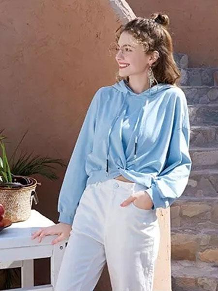 莉雅莉萨女装品牌2020春夏新款纯色带帽卫衣 百搭