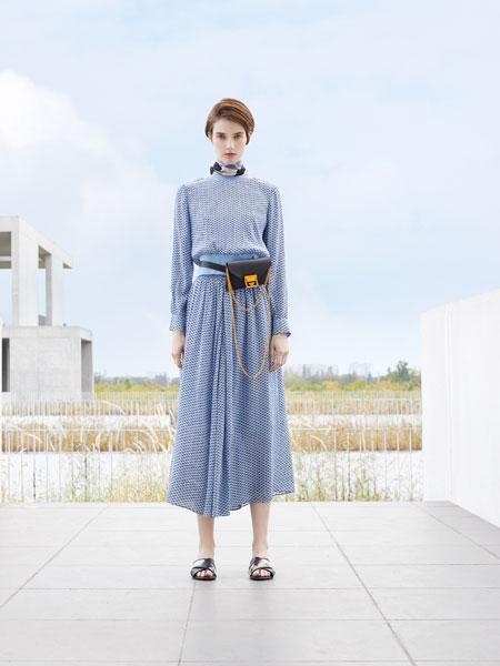 落地客女装品牌2020春夏新款纯色格子长袖连衣裙
