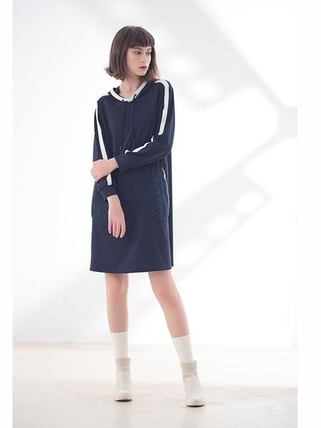 莉佳丽女装品牌2019秋冬时尚长款卫衣